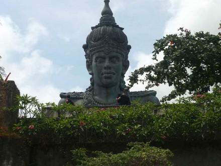 Patung Wisnu di Garuda Wisnu Kencana