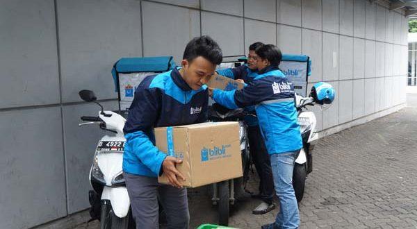 Foto 1_Tampak kurir BES siap mengantarkan pesanan_dok.Blibli