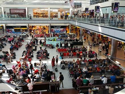 Bandara Heathrow London