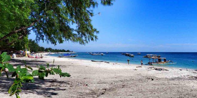 kunjungan turis ke Lombok