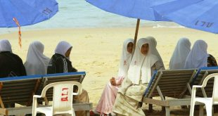 destinasi wisata halal