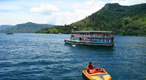 Lake_Toba,_North_Sumatera_(13)