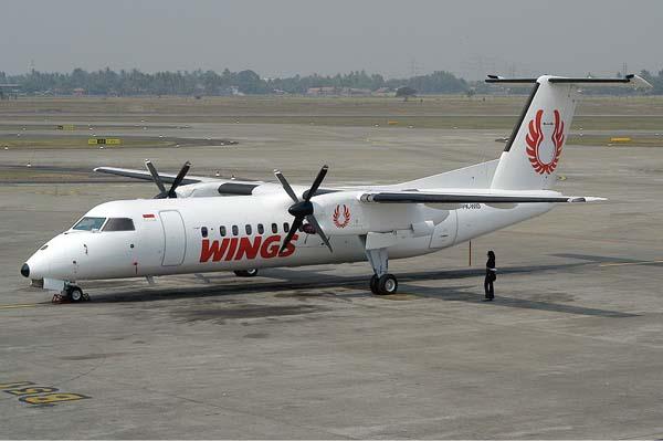 Wings_Air_De_Havilland_Canada_DHC-8-301_Dash_8_TTT-1